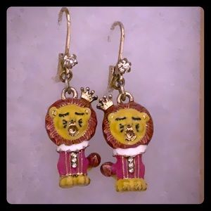 Betsey Johnson crying lion earrings